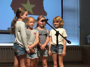 Schoolkoor kinderen creatief talent Kralingsche School uitvoering